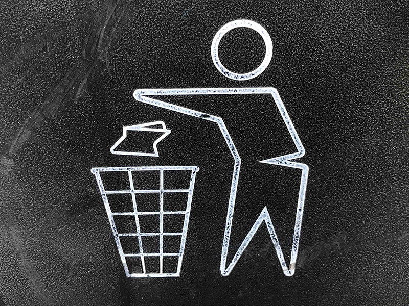 sign for trash recepticle